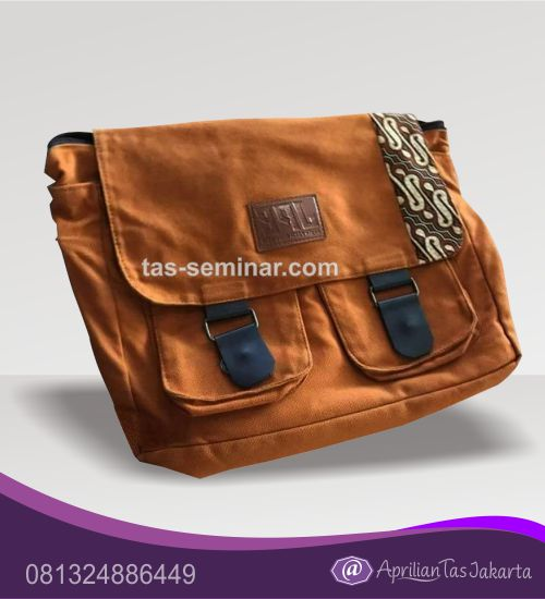 tas seminar, tas souvenir Tas Selempang Seminar Warna Coklat Bahannya Halus dan Kombinasi Batik