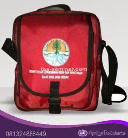 tas seminar, tas diklat, tas pelatihan Tas Seminar Selempang Warna Merah dan Tali Webbing Hitam