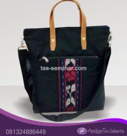 tas seminar, tas souvenir, tas pelatihan tas jinjing slempang d600 komb kulit dan batik