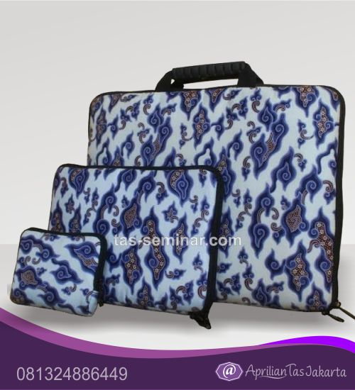 tas souvenir, tas seminar laptop dan pouch full batik